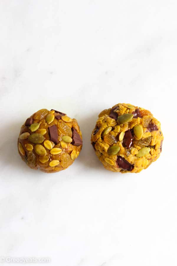 Oatmeal pumpkin cookies dough