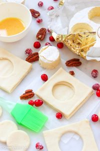 Cranberry brie puff pastry assembling