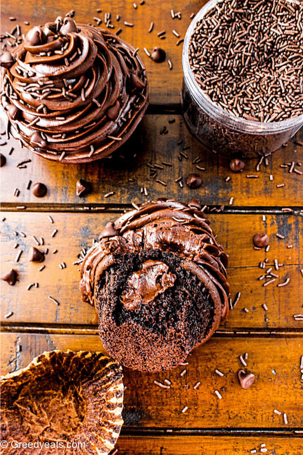 Quick and easy Chocolate Cupcakes recipe for just the two of you!