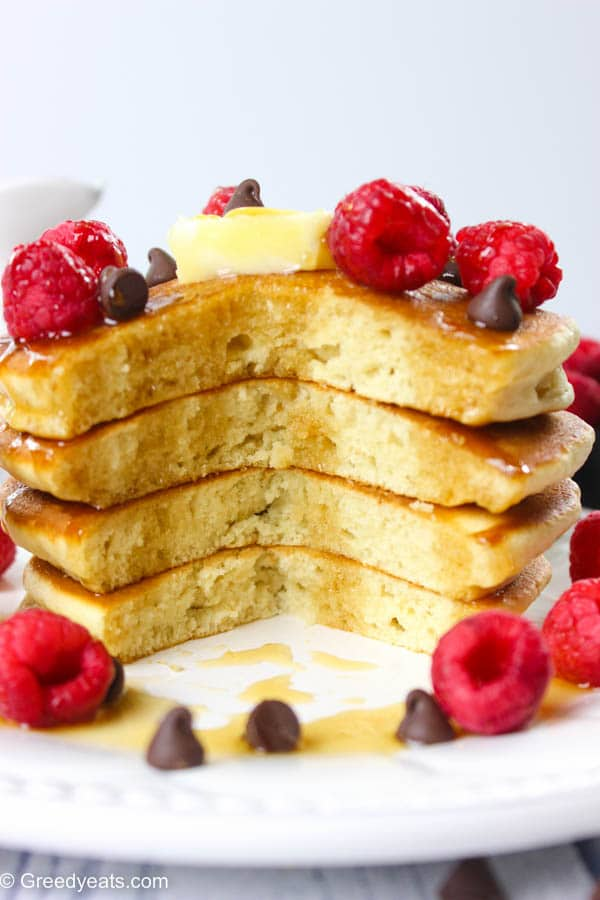 Soft and fluffy, quick and easy pancakes recipe for your morning breakfasts and brunches!