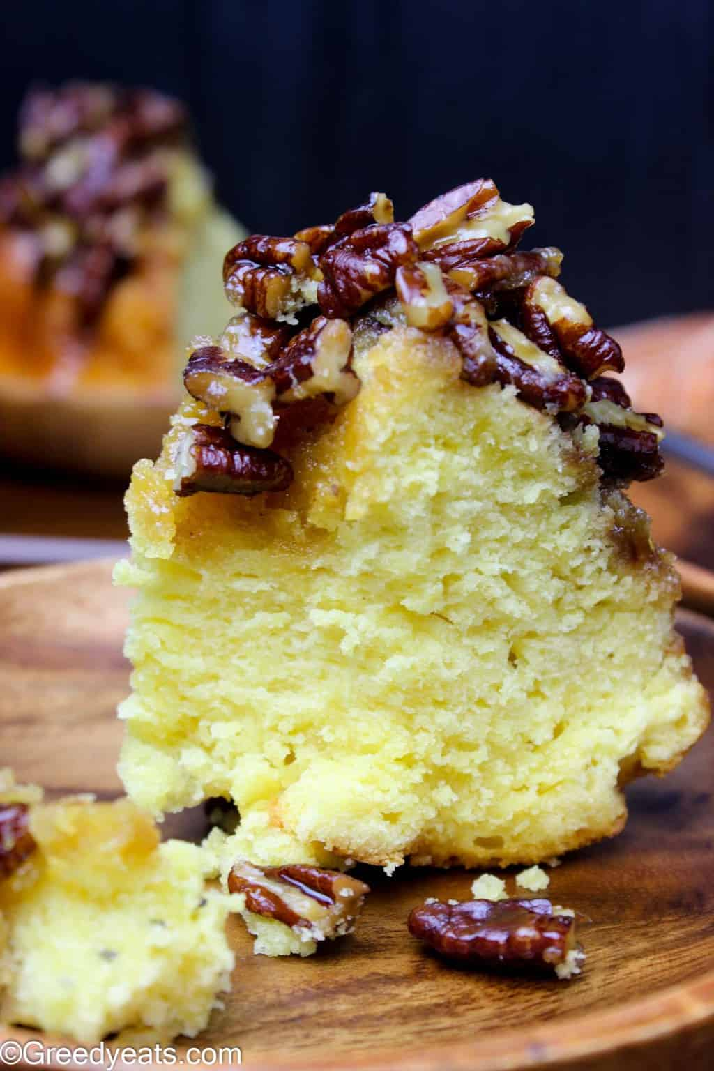 With a thick pecan pie filling, this Pecan pie bundt cake is the best Thanksgiving cake around!