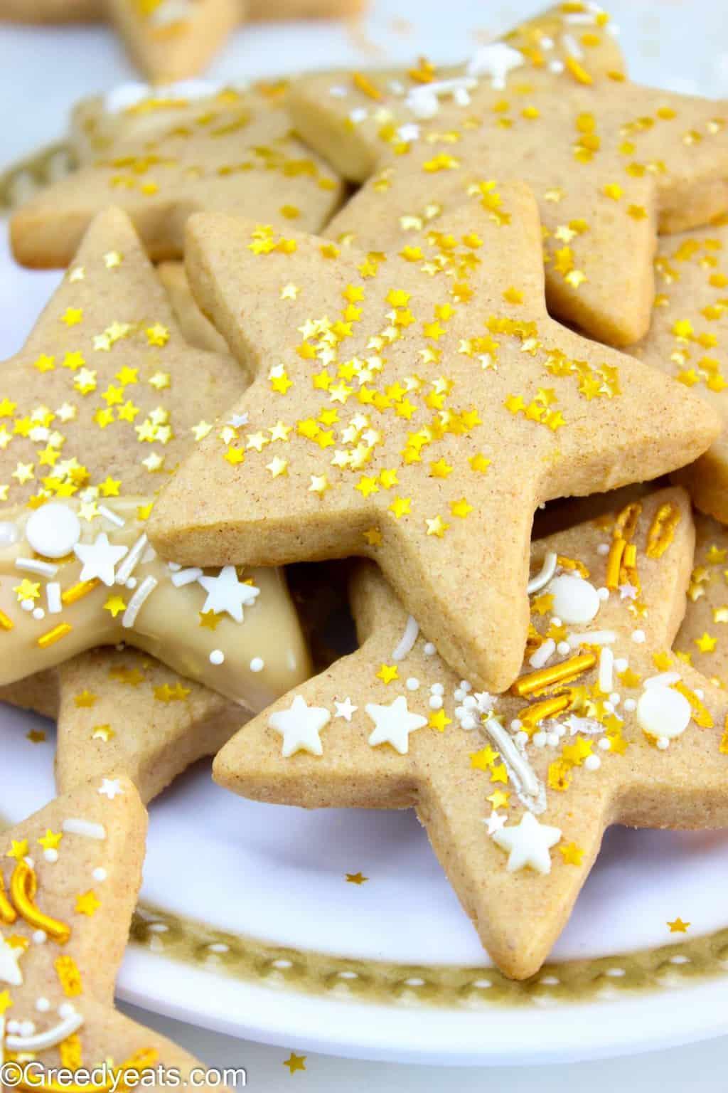 Easy Cinnamon Sugar Star Cookies recipe on Greedyeats.com