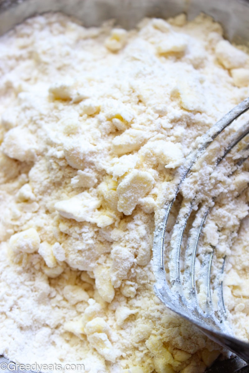 Pea sized crumbs of butter in flour for pie dough